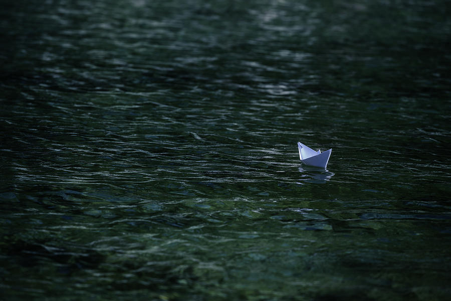 paper-boat-joana-kruse